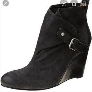 NINE WEST orro black suede wedge booties